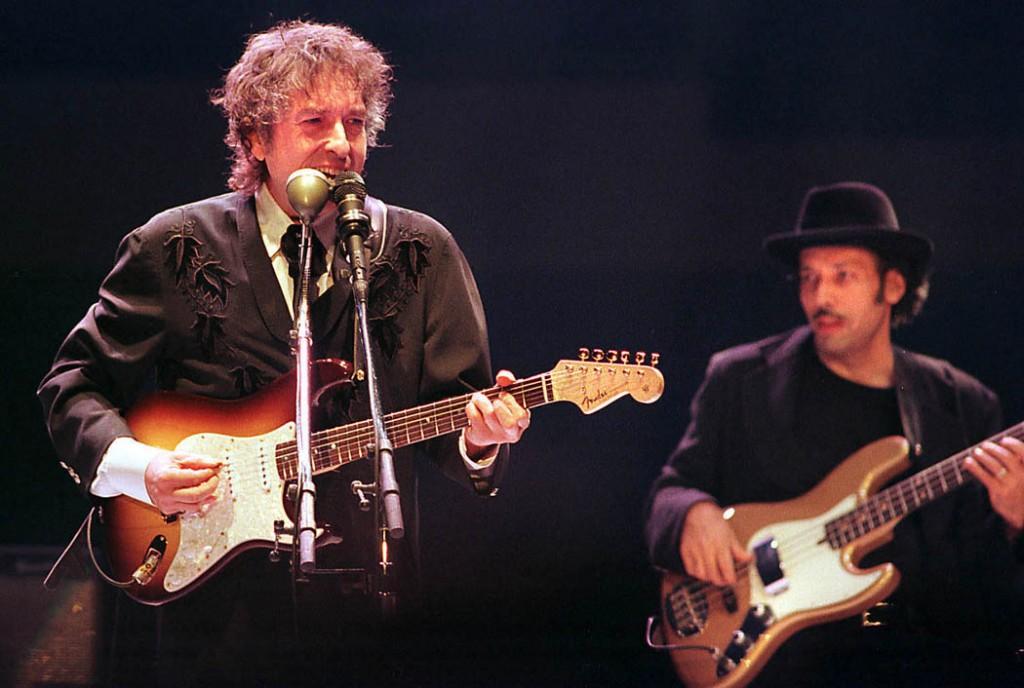 Live Dylan – 1966/1998 – LongAndWastedYear